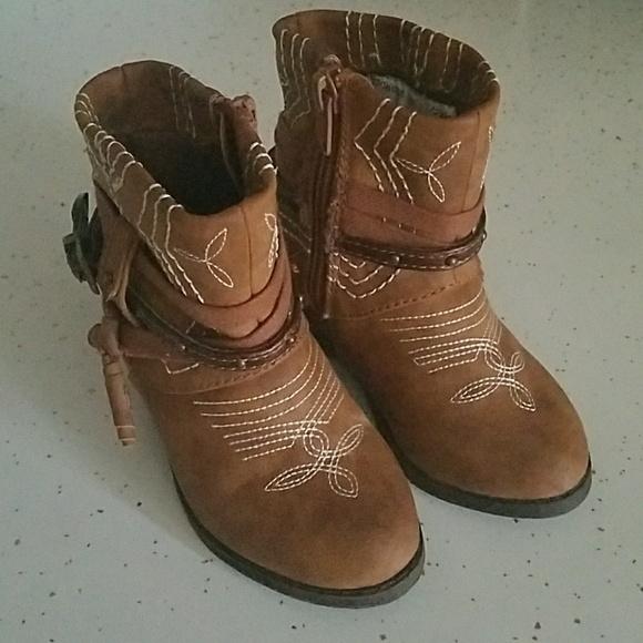 de33c839c7b healthex Shoes | Girl Cowgirl Boots | Poshmark